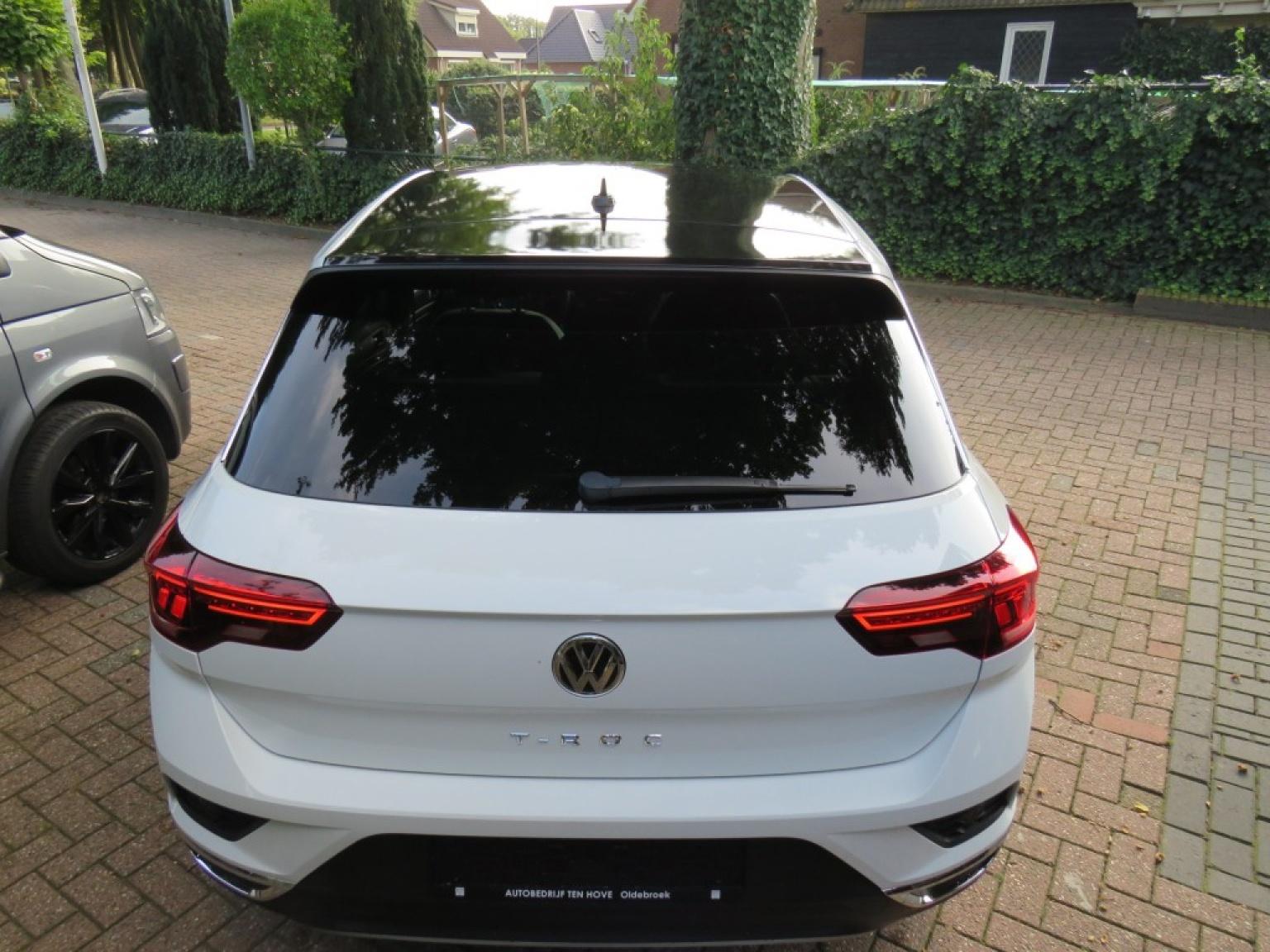 Volkswagen-T-roc-10
